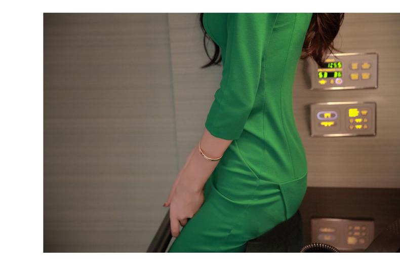 รับตัวแทนจำหน่ายชุดเดรสแฟชั่นเกาหลีสีเขียวกระโปรงยาว