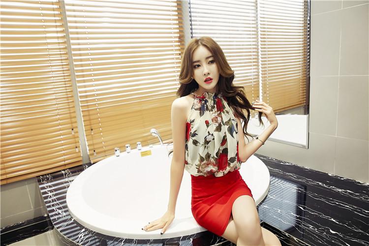 ชุดเดรสแฟชั่นเกาหลีลายดอกสีแดง