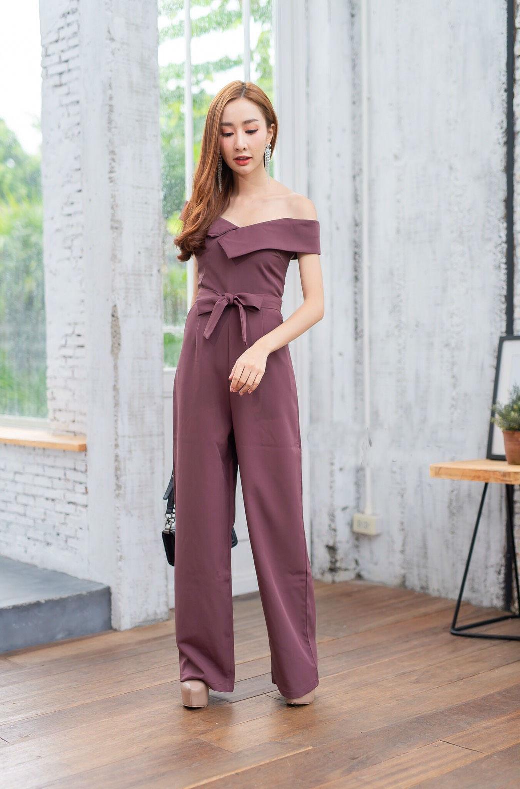 JS0037 เสื้อผ้าแฟชั่น เสื้อผ้าเกาหลี ชุดจั๊มสูท จั๊มสูทขายาว จั๊มสูทกางเกง ชุดออกงาน ชุดทำงาน จั๊มสูทเปิดไหล่ จั๊มสูทปาดไหล่ (สีนู้ด) งานสวยหนักมากกก❗️จั๊มสูทขายาวรุ่นนี้สวยมากเลยค่ะ