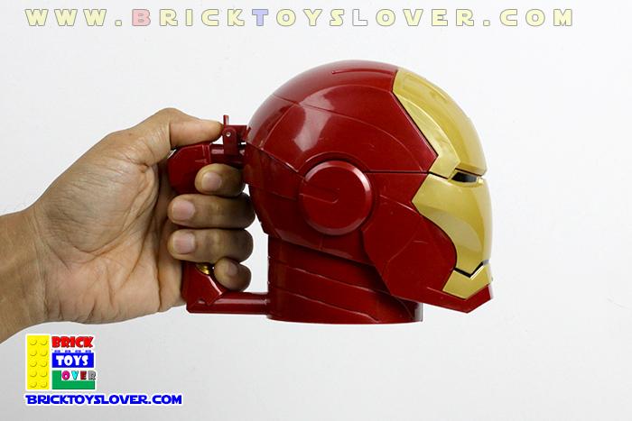 CM004 แก้วน้ำพลาสติกหมวก Helmet ของ Iron Man MK4 ตาสีดำ ขนาด 420 มิลลิลิตร