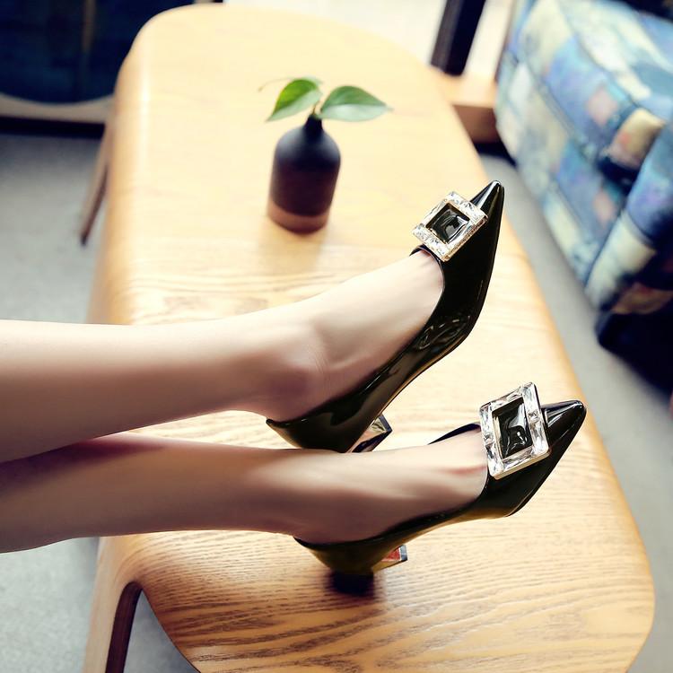 Preorder รองเท้าแฟชั่น สไตล์เกาหลี 34-39 รหัส N5-8027