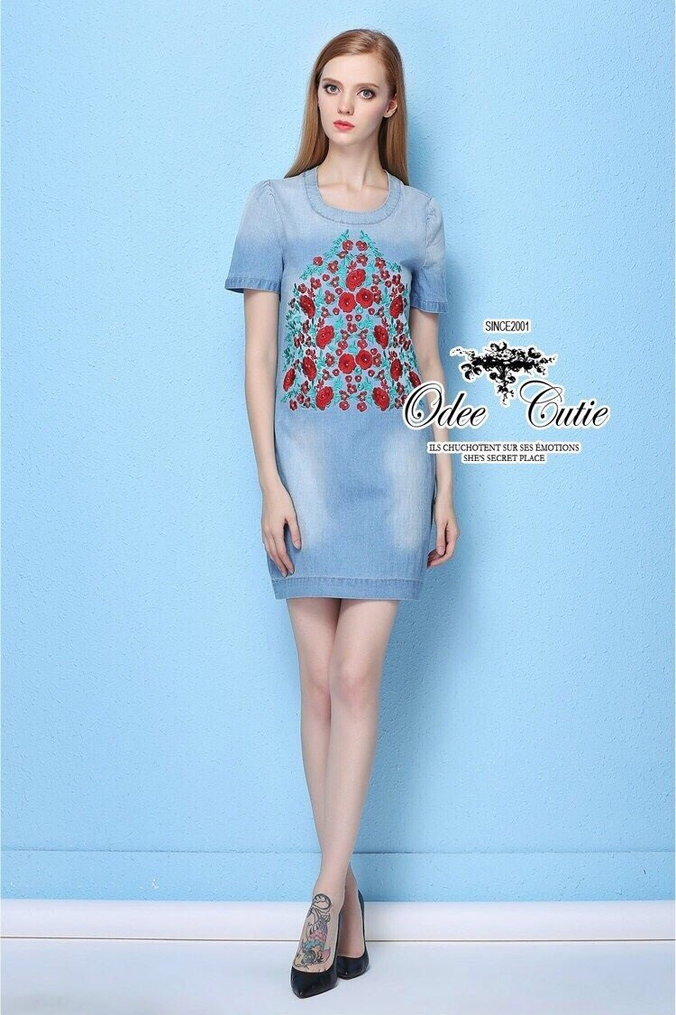 Mini roses embroidery denim dress