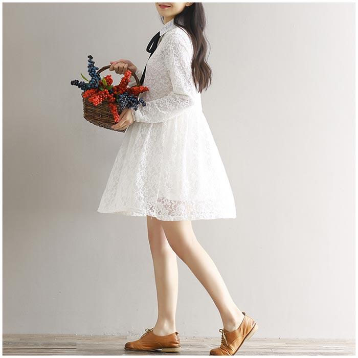 ชุดเดรสสั้นผ้าลายลูกไม้สวยๆ ชุดกระโปรงลูกไม้ น่ารัก แฟชั่นสไตล์เกาหลี เก๋ๆ มีสีขาว เดรสลูกไม้ ส่งฟรี EMS ส่งฟรี EMS สไตล์เจ้าหญฺิง คุณหนูๆ แขนยาว คอปก แบบติดกระดุม มีโบว์ผูกสีดำเก๋ๆ มีซับใน ใส่เที่ยว ใส่ชิว สวยๆ