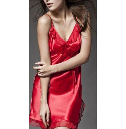 ชุดนอนผ้าซาติน ชายระบาย เว้าข้าง สีแดง