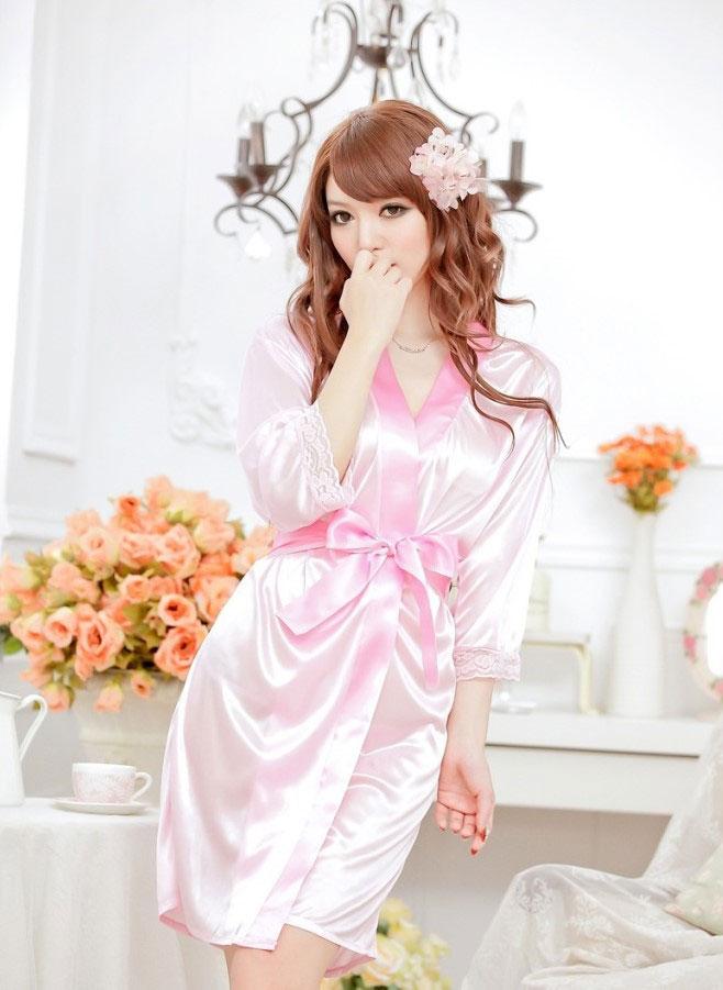 เสื้อคลุม/ชุดนอนผ้าซาติน สีชมพู ลูกไม้ปลายแขน