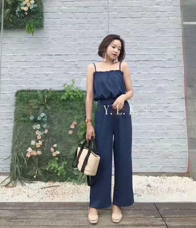 เสื้อผ้าแฟชั่นสไตส์เกาหลี แซกจั้มสูทสายเดี่ยว สีน้ำเงิน +พร้อมส่ง+