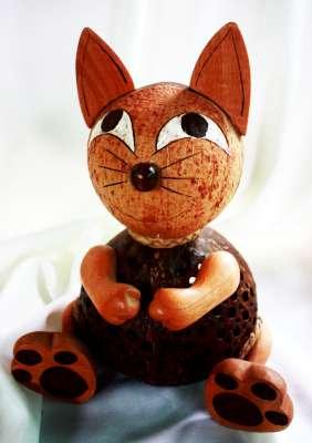 โคมไฟกะลามะพร้าวรูแแมว Coconut Shell Lamp Catty