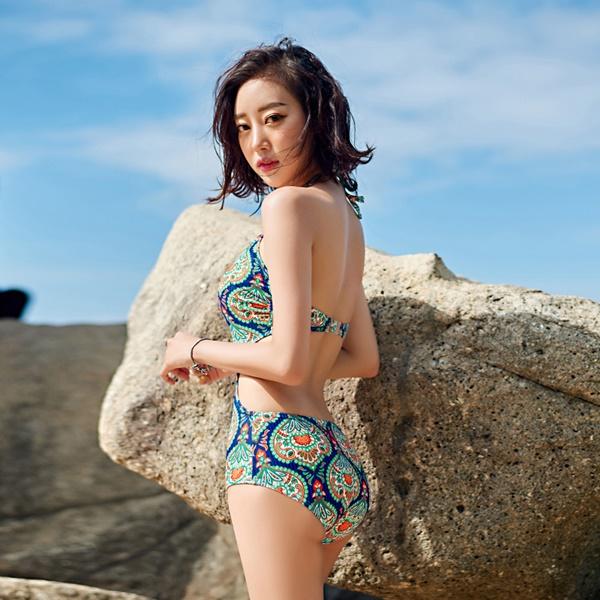 พร้อมส่ง ชุดว่ายน้ำวันพีซโมโนกินี่ ลายโบฮีเมียนหลากสีสันสวย