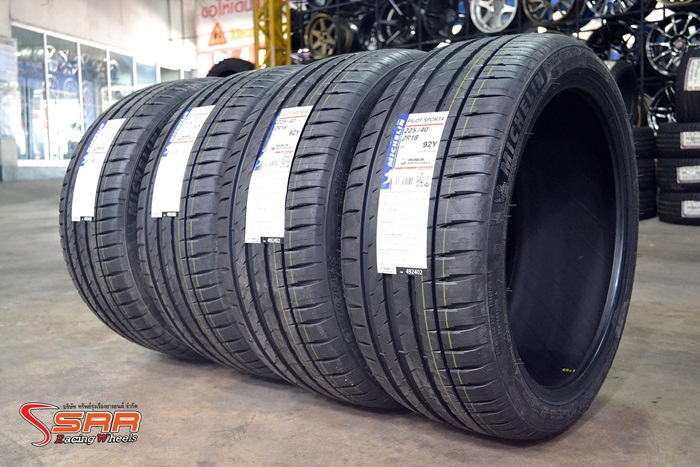 MICHELIN PILOT SPORT 4 225/40ZR18