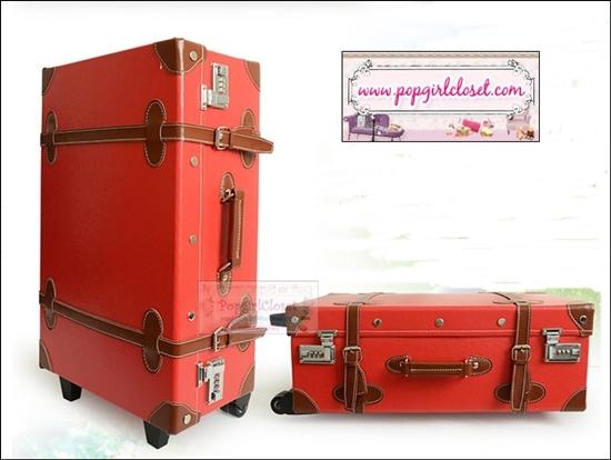 กระเป๋าเดินทางวินเทจสไตล์เกาหลี ดีไซน์ออริจินัล 2 ล้อ คันชักด้านนอก สีแดงคาดน้ำตาล RED/BROWN หนัง PU มี 3 ไซส์ 20, 22, 24 นิ้ว (Pre-order ราคาแต่ละรุ่นอยู่ด้านในนะคะ)