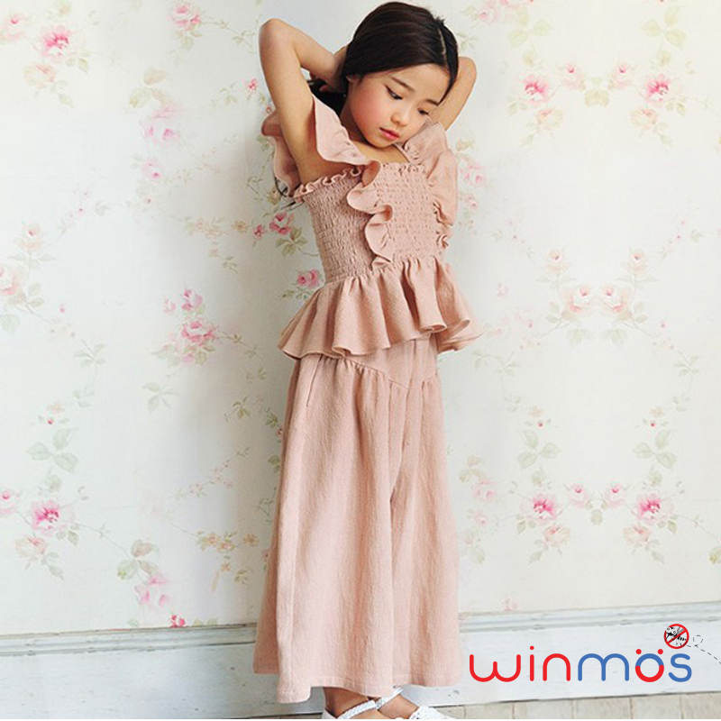 W115 : Set 2 ชิ้น เสื้อแขนกุดสีชมพูแต่งระบายติดยางยืดรอบตัว+กางเกงขาบานมีกระเป๋า 2 ข้าง