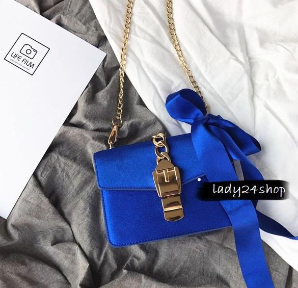 แถมโบว์ผูก Her item Blue diamond