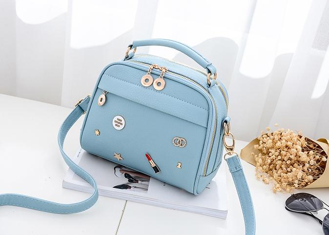 กระเป๋าถือ Maple (blue)