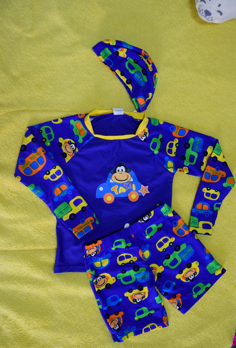 ชุดว่ายน้ำเด็ก สีน้ำเงิน แขนยาวใส่ได้ทั้งเด็กผู้หญิงละผู้ชาย จะแยกเสื้อกับกางเกง