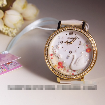 [Preorder] นาฬิกาข้อมือประดับหงส์และดอกไม้ Power! Korea genuine MINI table Japan handmade polymer clay watch White Swan cartoon watches female form