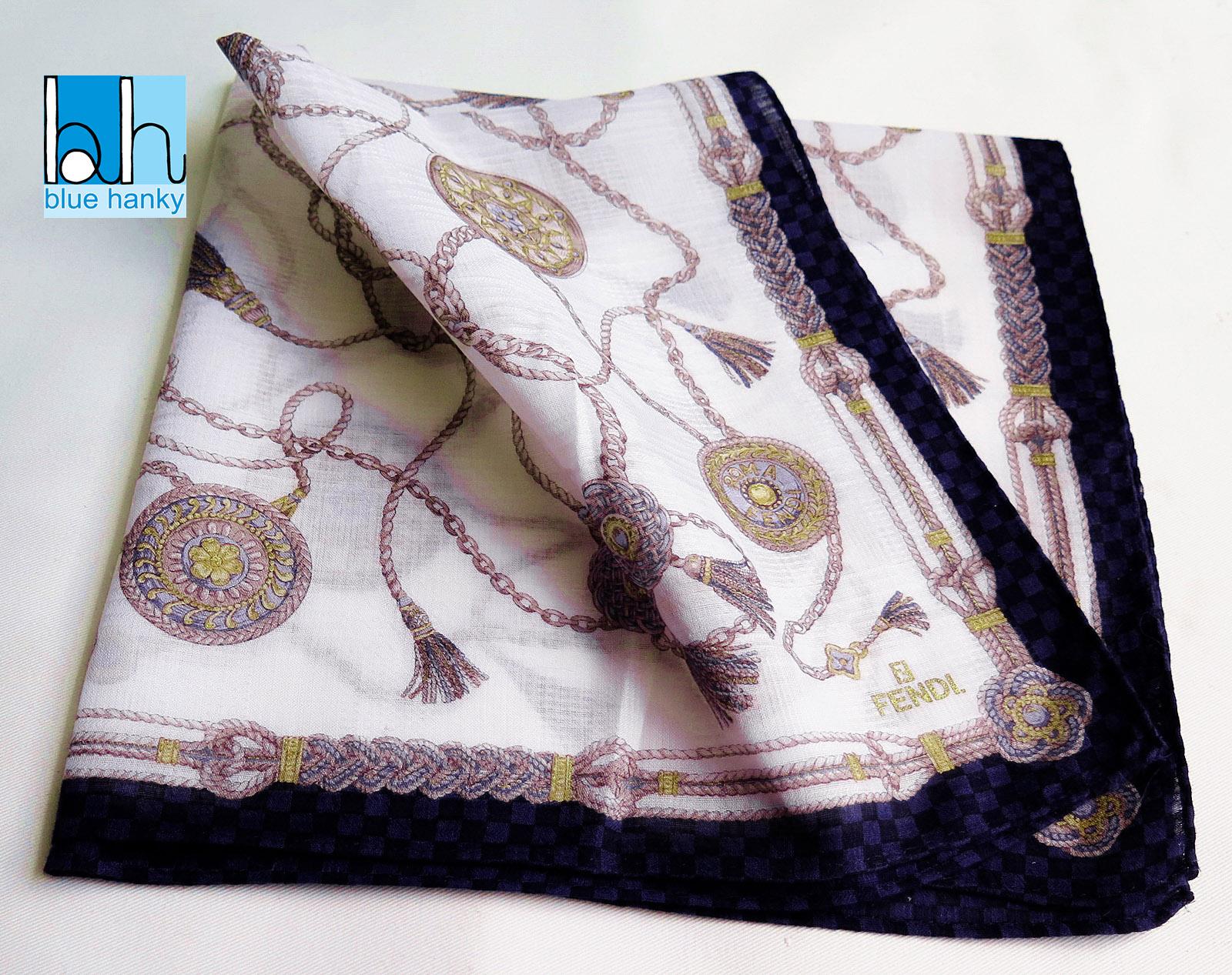"""#106 18"""" FENDI ผ้าเช็ดหน้ามือ2 สภาพดี ผ้าเช็ดหน้าผืนใหญ่"""