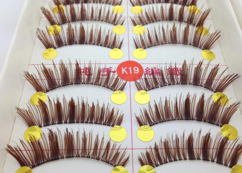 V-K19 ขนตาปลอม สีน้ำตาล (ขายปลีก) เเพ็คละ 10 คู่ ขายยกเเพ็ค