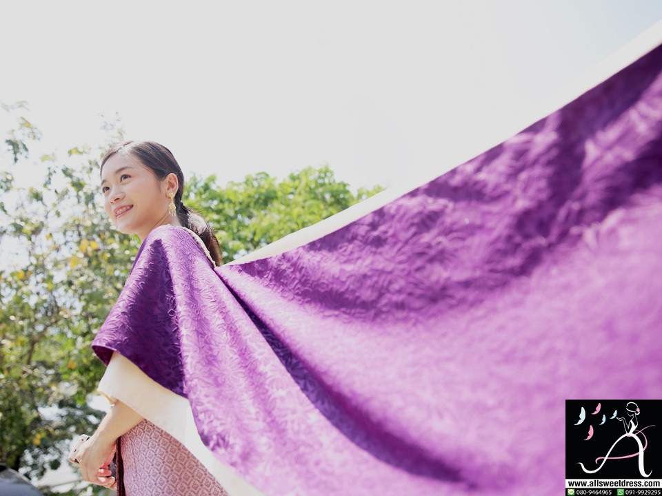 รีวิวชุดไทยสไบสีม่วงสดลายสวยห่ม 2 ชั้นกับสไบสีชมพูและผ้าถุงชมพูอมม่วงสวยหรูน่ารัก ถ่ายภาพสวยมากๆ ของร้านเช่าชุดไทย allsweetdress ฝั่งธน