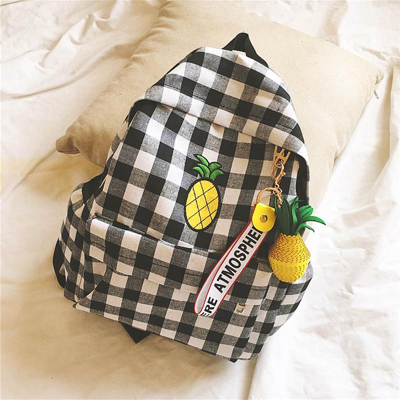 *Pre Order* กระเป๋าเป้ผ้าใบลายสก็อต สีดำ/ฟ้า/เขียว size 30x13x38 cm.