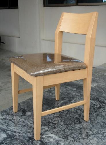 เก้าอี้มีสไตล์ ดีไซน์สวย สำหรับร้านกาแฟ ร้านอาหาร