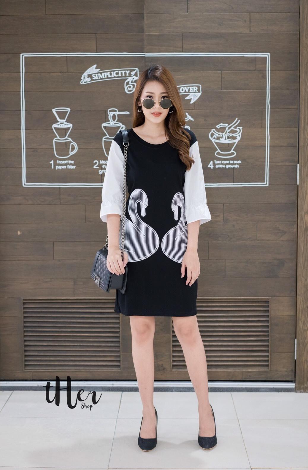 เดรสเกาหลี พร้อมส่ง ชุดเดรส สีดำ งานสวยมาก ผ้าดียืดหยุ่น