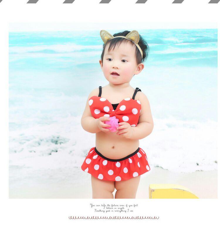 ชุดว่ายน้ำเด็กทารกความสูง 75-120ซม. บิกินี่ลายมินนี่เม้าส์ทูพีชพื้นแดงจุดขาว มาพร้อมหมาวกลายจุดมีหูน่ารักมากๆค่ะ