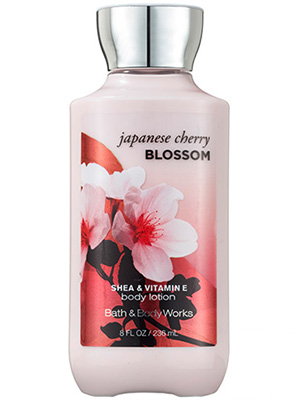 กลิ่น Japanese Cherry Blossom : Bath and Body Works Body Lotion 236 g