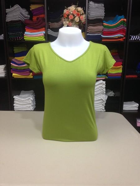 """เสื้อยืดคอวี สีเขียวแอปเปิ้ล size """"M"""""""
