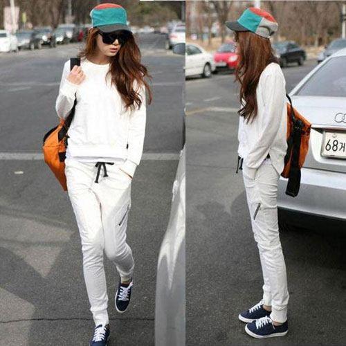 ++สินค้าพร้อมส่งค่ะ++ชุดเซ็ท Sport set เกาหลี เสื้อแขนยาว คอกลม แต่งชายเสื้อ 2 ข้างเป็นแบบผูก+กางเกงขายาวเอวรูด กระเป๋าซิบ – สีขาว