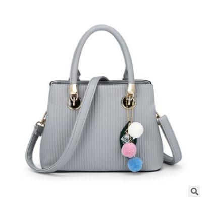 Pre-order ขายส่งกระเป๋าถือและสะพายข้างใบเล็ก เย็บลายทาง แฟชั่นผู้หญิง รหัส Sunny-978 สีเทา *แถมพู่ห้อ