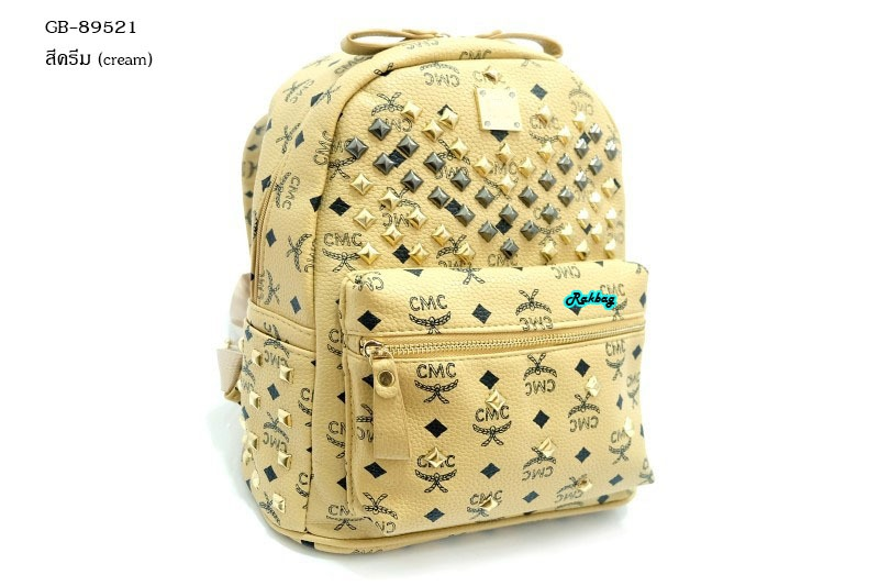 กระเป๋าเป้สไตล์ MCM ไซร์ 11.5 นิ้วแต่งอะไหล่ตอกหมุดและซิปเหล็กสีทองอยู่ทรงสวย