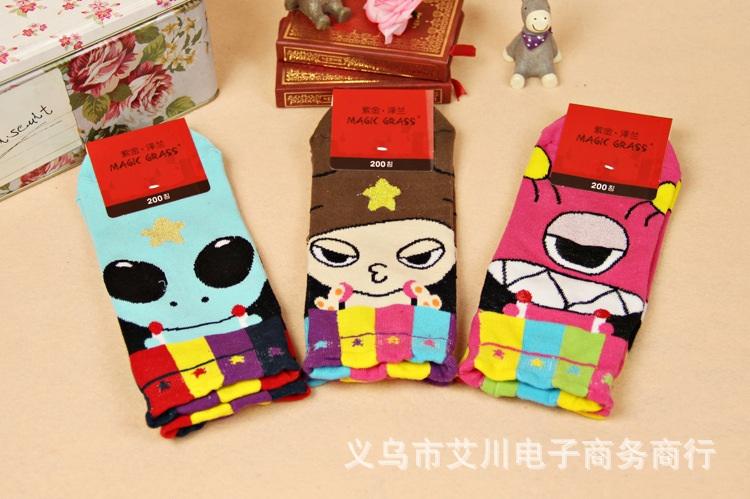 S037**พร้อมส่ง** (ปลีก+ส่ง) ถุงเท้าแฟชั่นเกาหลี มี 3 แบบ เนื้อดี งานนำเข้า(Made in china)