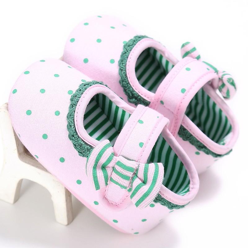 รองเท้าเด็กอ่อน 0-12เดือน รองเท้าเด็กชาย เด็กหญิง ลายจุด สีชมพู